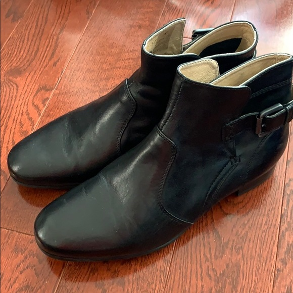 GEOX Black Leather Ankle Boots